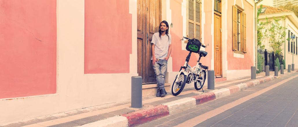 דוגמן אופניים חשמליים גרין בייק