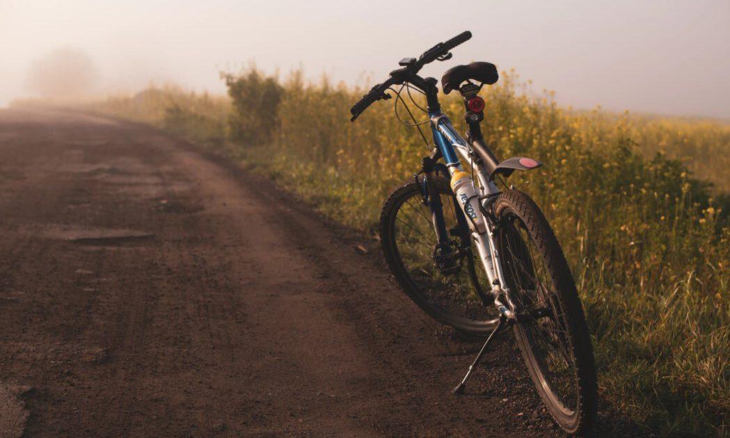 שבילים לטיולי אופניים בחול