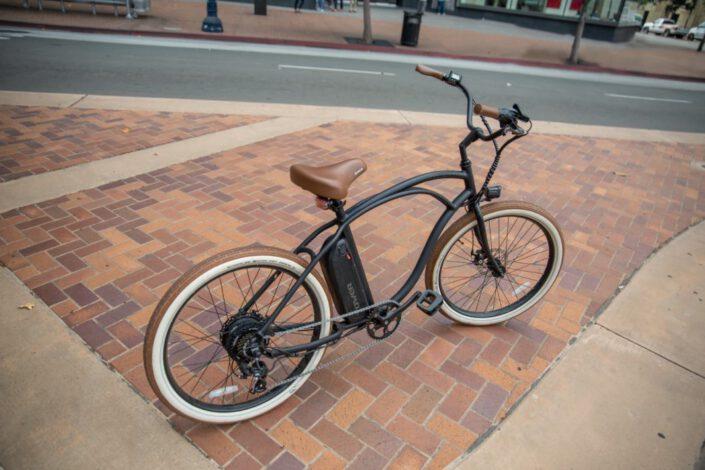 שימוש באופניים חשמליים במוסדות ועיריות ברחבי הארץ