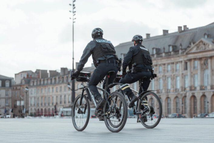 שיטור וסיירות באופניים חשמליות